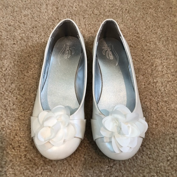 Unlisted by Kenneth Cole Other - Unlisted White Dress Shoes